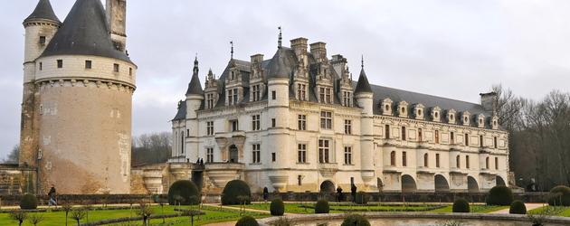 Hotel Tours Chateaux 13 Adresses 224 Partir De 66