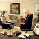 Suite 635857956961156707 sq128