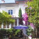 Villa Rue Velasquez
