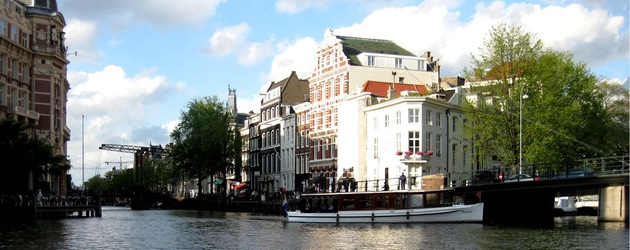 hotel amsterdam design et luxe 11 adresses partir de 97. Black Bedroom Furniture Sets. Home Design Ideas