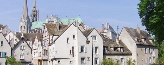 Chartres big