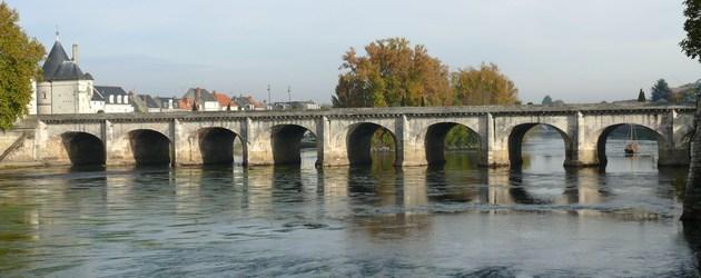 Chatelerault   pont henri iv  1 big