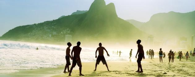 Carioca brazilians playing altinho futebol beach soccer football big