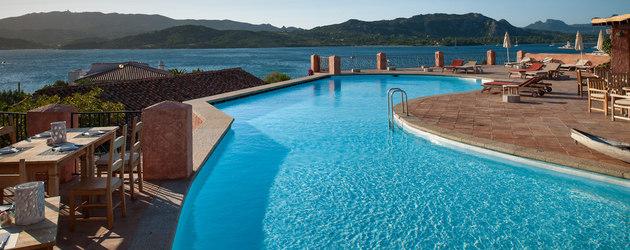 Hotel sardaigne luxe 10 adresses partir de 84 for Hotels sardaigne